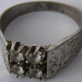 Inel vechi din argint cu cristale - de colectie
