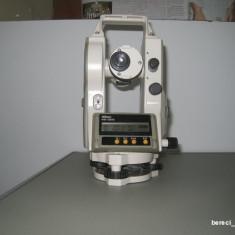 Teodolit electronic Nikon NE20S