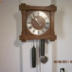 Ceas pendul german vechi din lemn cu 2 greutati - Pendula