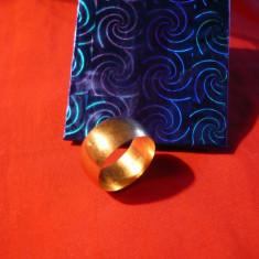 INEL DE AUR - FALS, marcat 585 (14K), d.interior =2 cm, 7, 2 g - Inel placate cu aur