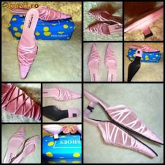 Sandale dama, Marime: 35.5 - PAPUCI / SANDALE FASHION DAMA PIELE ECOLOGICA si VOAL PLASTIC ROZ, ASCUTITI, TOC 4 CM