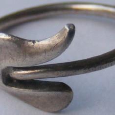Inel vechi din argint (65) - de colectie