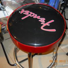 Scaun Scena Fender