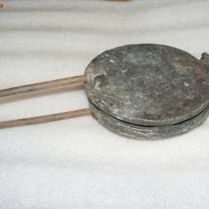 FORMA NUCI PENTRU PRAJITURI din aluminiu, pentru ARAGAZ