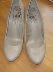 Pantofi dama Timberland, Marime: 37.5, Gri - PANTOFI BERSHKA 60 RON