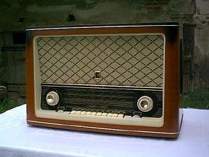 Radio cu lampi