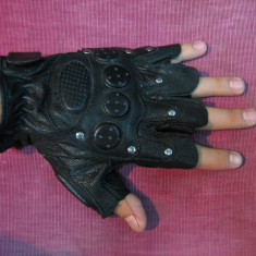 Manusi din piele fara degete, pentru sala, bicicleta, etc - Manusi Barbati, Negru