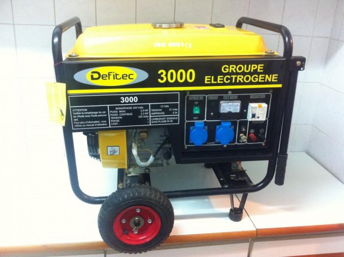 Generator de Curent Marca ,,DEFITEC 3000 este k nou foto mare