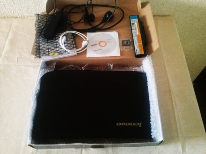 Vand/Schimb Laptop Lenovo B560 foto mare