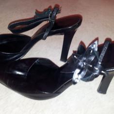 SH: Pantofi negri piele Nine West, marimea 37, ca si noi - Pantof dama Nine West, Culoare: Negru