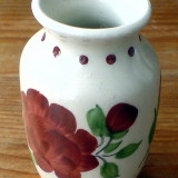 Vaza pictata cu flori, hand made!