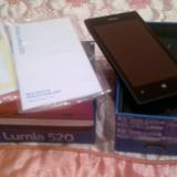 Telefon mobil Nokia Lumia 520, Negru, Neblocat - Vand nokia lumia 520