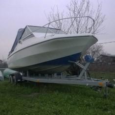 Barca Glastron Infinity cu peridoc