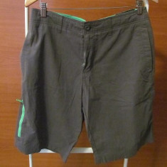 Short OLD NAVY - Pantaloni barbati Converse, Marime: 30, Culoare: Maro