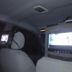 DVD Player auto - Vand/ schimb 2 tv tetiere
