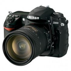 DSLR Nikon, Kit (cu obiectiv), 10 Mpx - NIKON D200+2 OBIECTIVE+TELE-CONVERTER+2 FILTRE+2 ACUMULATORI+RUCSAC;