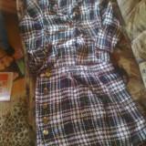Costum dama, Costum cu fusta - Costum din tricot