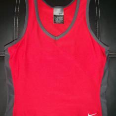 Tricou / top Nike DRY-FIT, cu plasa separata interior; marime XS, vezi dimensiuni - Tricou dama Nike, Culoare: Din imagine