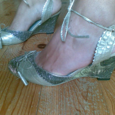 Sandale dama, Marime: 39, Argintiu - Sandale cu platforma JULIET marimea 39, se potrivesc si marimii 38, sunt noi!