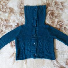 Bluza dama - Bluza Passport cu guler inalt (29 cm), lucrata manual, din mohair; marime 40