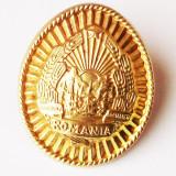 Insigna, Romania de la 1950 - ROMANIA CUC BONETA / STEMA MILITAR IN TERMEN RSR **