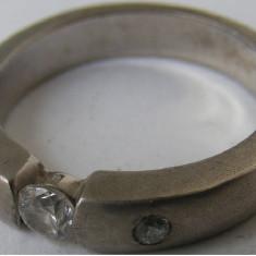 Inel vechi din argint cu 3 pietre albe - de colectie - Inel argint