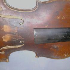 Vioara ZB, are 100 de ani vechime