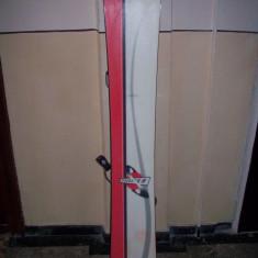 Vand Placa Snowboarding F2 Speedster cu legaturi si clapari incluse in pret - Placi snowboard
