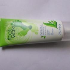 Lotiune racoritoare cu ceai verde si menta - Crema picioare