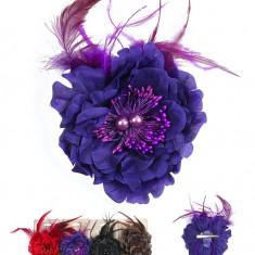 Floare Pentru Prins Parul cu Perle si Pene - Clama