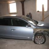 Dezmembrari - Dezmembrez VW Passat, 2, 0 tdi BKP, 2006