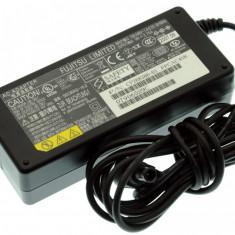 Alimentator Incarcator Laptop Fujitsu Siemens Fujitsu Lifebook C-6577, CP268386-01, 16V 3.75A, Incarcator standard