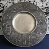 Metal/Fonta, Altul - Deosebita aplica de perete din zinc cu frumoase scene in relief !!!