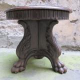Masuta veche sculptata in lemn masiv antica, Renastere Italiana - Mobilier