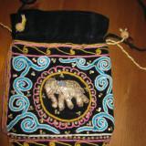 Poseta / geanta traditionala, decorata cu matase multicolora si paiete - Geanta handmade