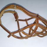 Botnita piele Nr. 4, recomandata pentru caini de talie mica