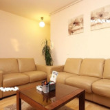 Canapea 2 locuri, din piele 100% naturala, Canapea in stil contemporan, Canapele fixe