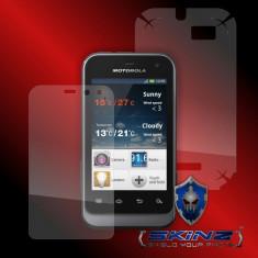 Folie de protectie - MOTOROLA XT320 XT321 DEFY MINI - Folie SKINZ Protectie Full Body Ultra Clear AutoRegeneranta, Invisible shield, husa tip skin, carcasa, ecran, display