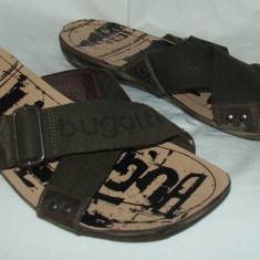 Papuci BUGATTI - nr 44 - Slapi barbati