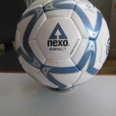 MINGE MINGI FOTBAL NEXO IMPACT AERODINAMIC SPECIALE PENTRU CIMENT SI BITUM - Minge fotbal Nexo, Brilliant, Marime: 5