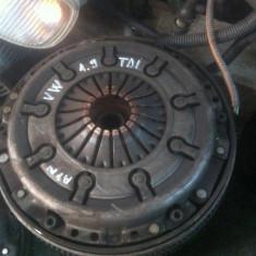 Kit ambreiaj LuK Volkswagen 1.9 TDI masa dubla, PASSAT Variant (3B5) - [1997 - 2000]