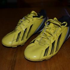 Ghete fotbal Adidas, Marime: 36, Culoare: Galben, Galben, Copii