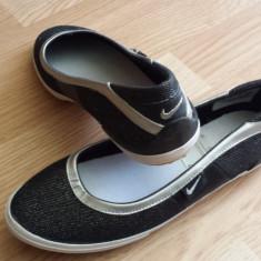 Balerini Nike - Balerini dama Nike, Marime: 38, 36.5, 38.5, Culoare: Argintiu, Negru, Marime: 38, Argintiu