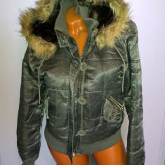 Geaca dama - Geaca / jacheta de iarna cu gluga / blana - marimea M.