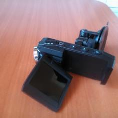 Camera Video, Card Memorie, Intre 2 si 3 inch - Camera de bord cu ecran rotativ Smailo