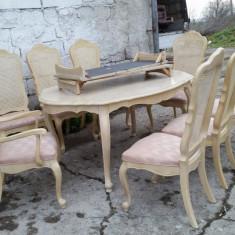 Mobilier, Mese si seturi de masa, Rococo - Masa cu 8 scaune, stil Rococo.