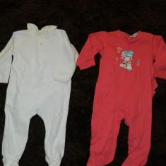 Set de doua compleuri cu picior, pijamale pentru copii, marimea 6- 9 luni, marca In Extenso, Fete