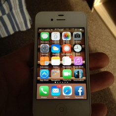 Vand iPhone 4s Apple - 32 Gb cumparat de nou de la Orange, Alb