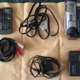 Camera video Panasonic, Mini DV, sub 3 Mpx, CCD, 10-20x