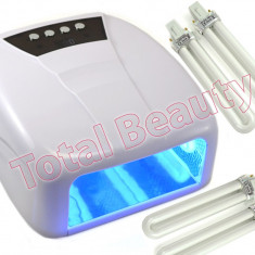 Lampa UV unghii false cu 4 Neoane 36W, timer si display digital - Alba